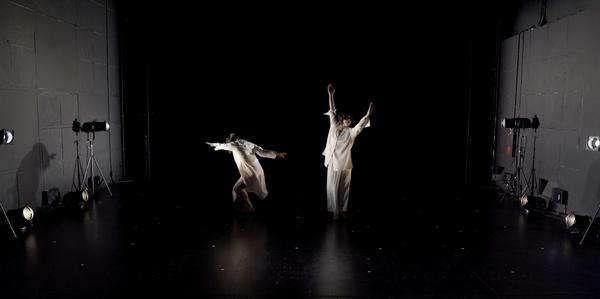 하나의 몸으로 2인무 안무하기, 미아리 예술극장, 2020년 11월 10일